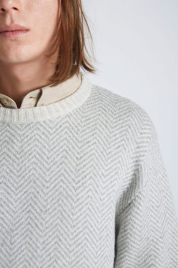 Academy-Pullover-Tiwel-Sweet-Concrete-03